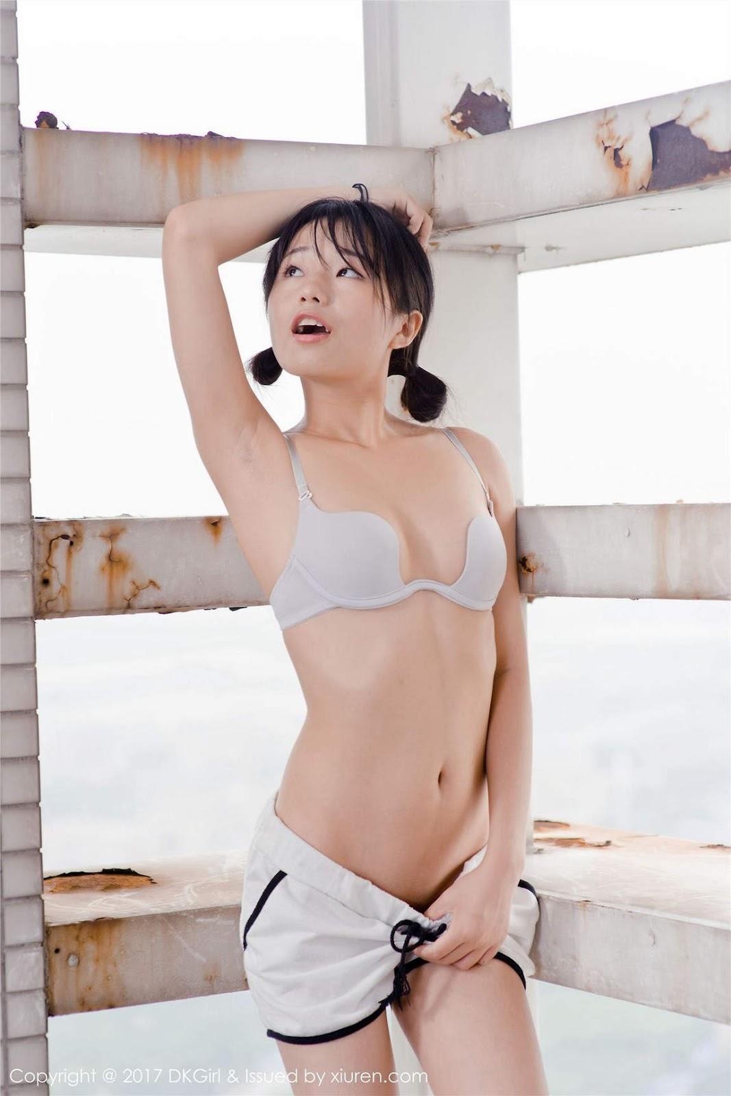 Her Foto model cantik cilik telanjang bugil bleibt Hure