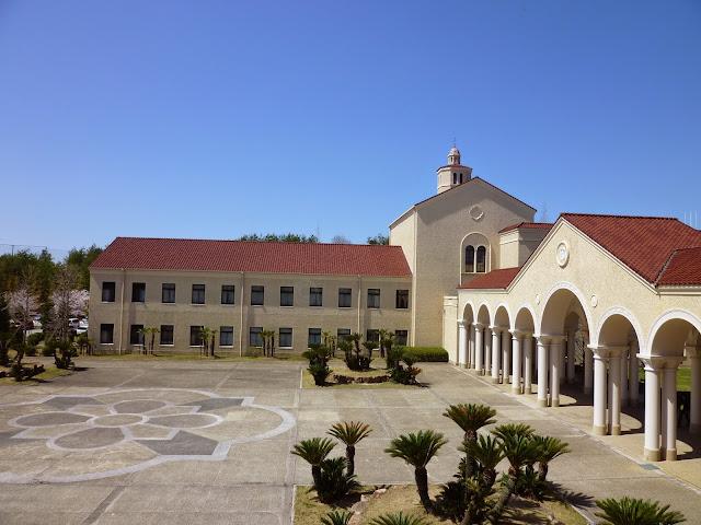 関西学院大学(三田キャンパス)の校舎