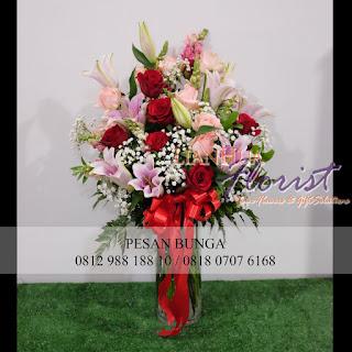 Florist Jakarta, jual bunga meja untuk istri, jual bunga hadiah ulang tahun, flowers advisor,