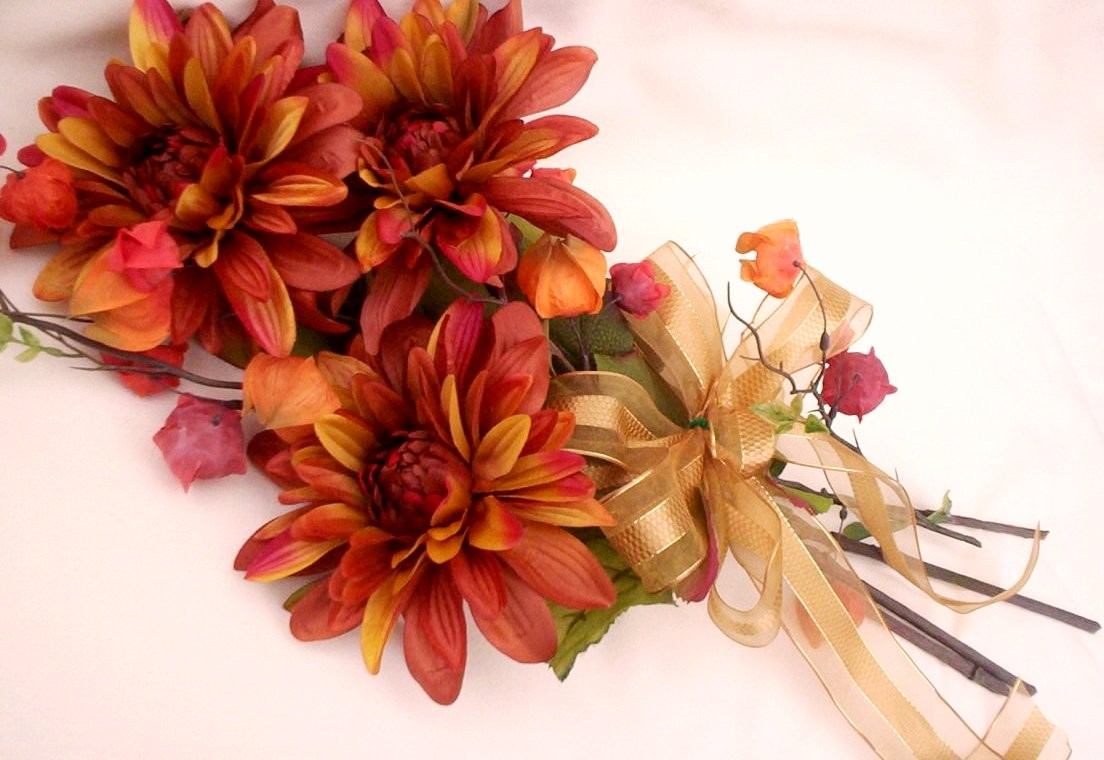 Wedding Blog: Fall Wedding Bouquet Ideas