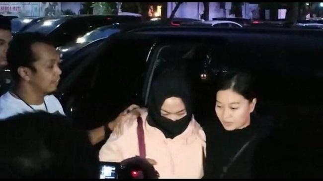 video penangkapan wanita perekam ancam jokowi