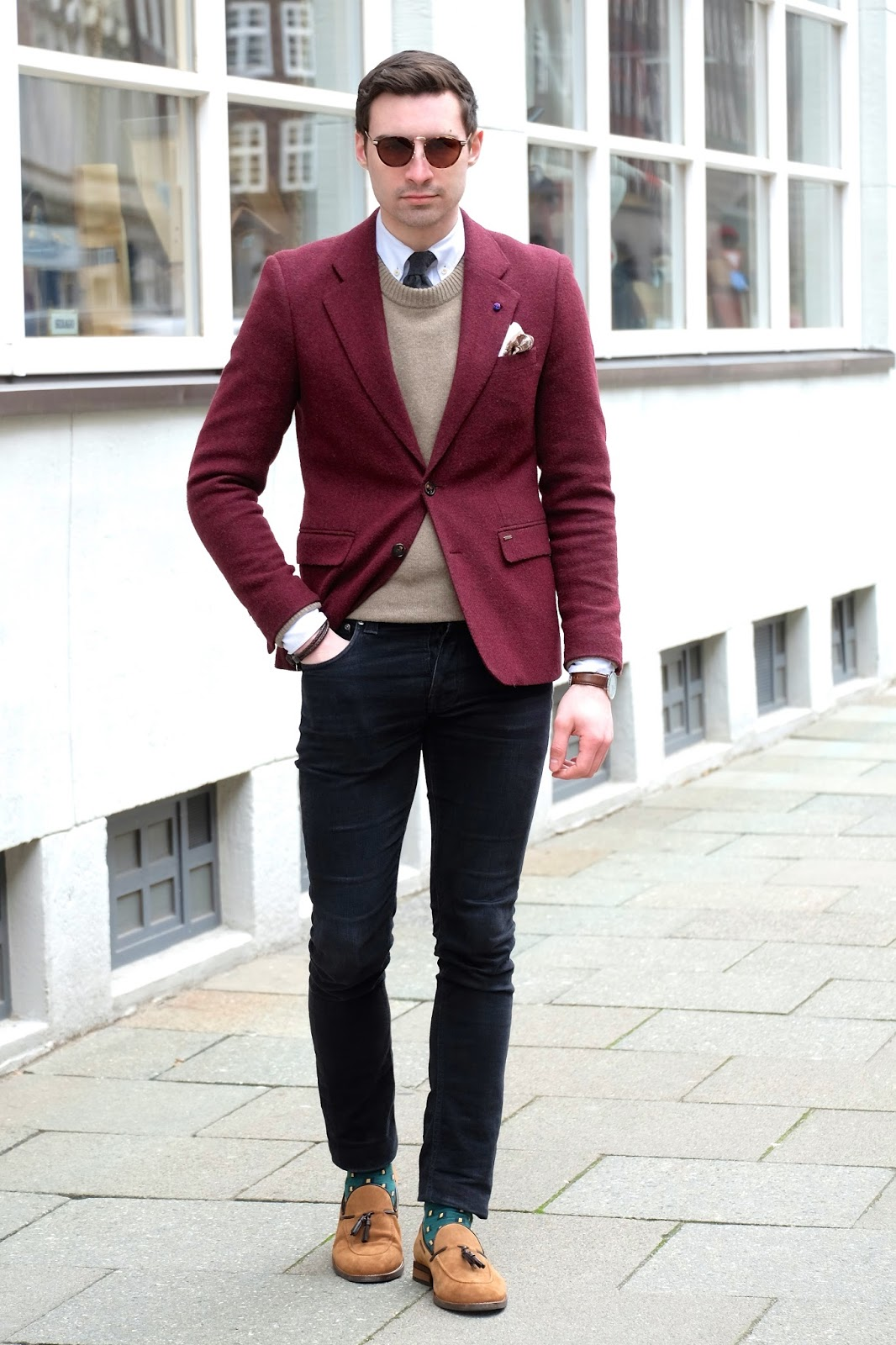 Mimosas and me black jeans burgundy blazer for What goes with burgundy shirt