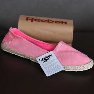 Sepatu Flat Reebok