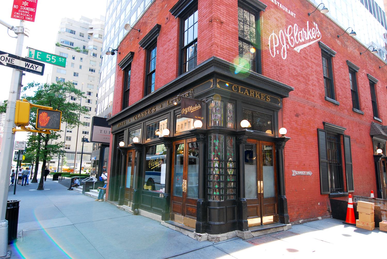 PJ Clarke's ofrece algunas de las mejores hamburguesas de Nueva York