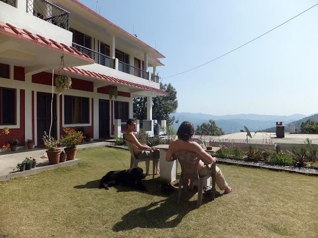 Алмора гостиница