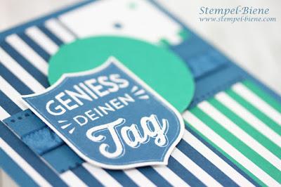 Männergeburtstagskarte; Stampin' Up Gut gewappnet; Stanze Wappen; Stempel-Biene; Matchthesketch; Jeansblau; Smaragdgrün; Geburtstagskarte Mann