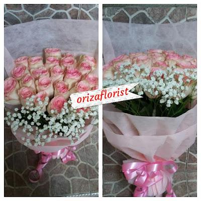 alamat toko bunga mawar di surabaya, tempat jual bunga mawar surabaya, harga rangkaian bunga mawar surabaya,