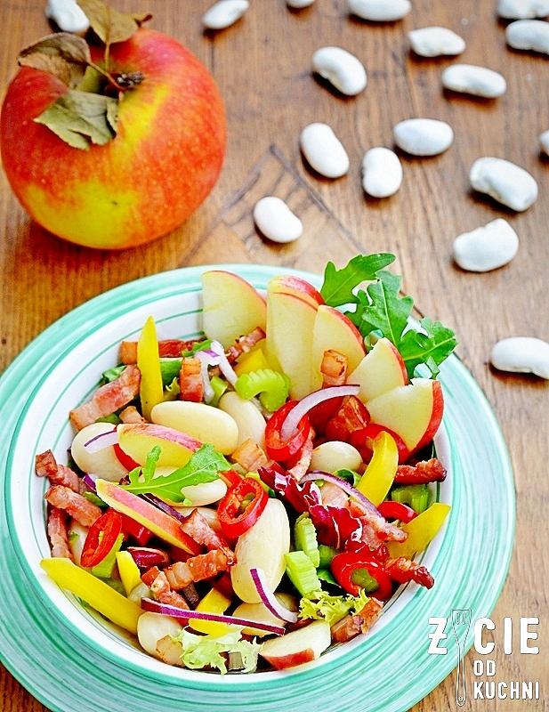 salatka z fasola, fasola piekny jas, jablko lackie, przepisy z fasola, zycie od kuchni