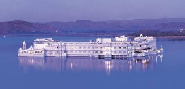 قصر بحيرة تاج في الهند Taj Lake Palace India