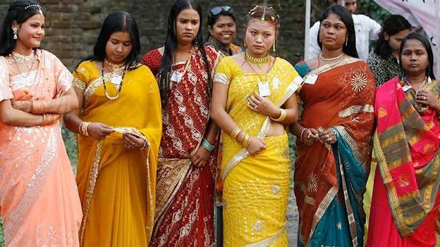 Trabajadoras sexuales de India fundan un banco para no sufrir extorsiones