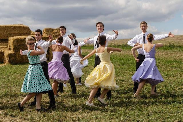 Muzikál aneb Cesty ke štěstí – Recenze