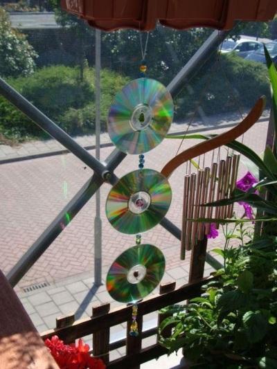 Sun catcher dari CD/DVD bekas