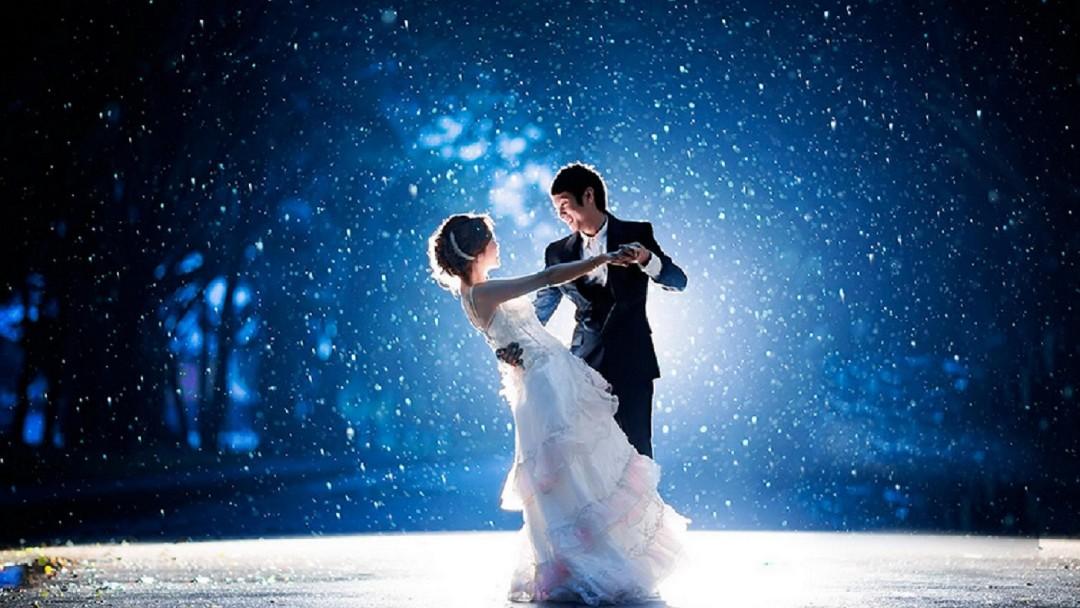 Romantic Couple Images In Rain Hd 30 Rain Couple Wallpapers Pics