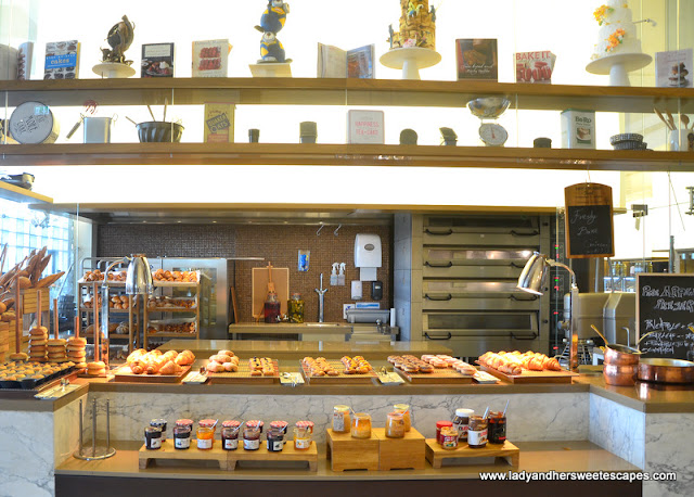 Bread, pastries and jam at Al Khayal