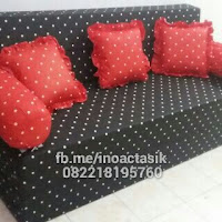 Sofa bed Inoac motif polkadot hitam 2 inoactasik