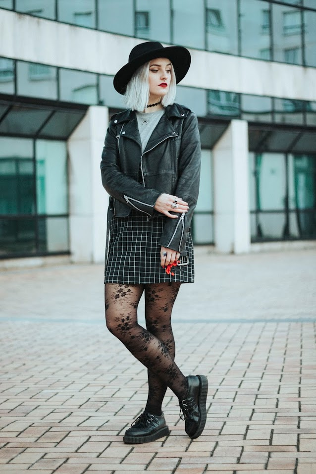 look fashion classy rock lille blogger bloggeuse perfecto cuir broderie chic alternatif