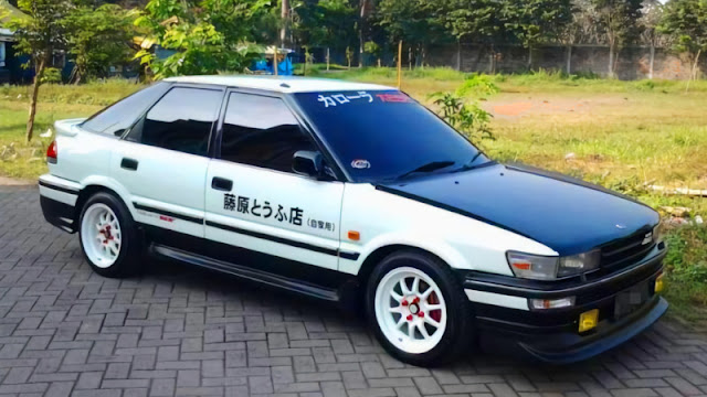 Toyota Corolla Twincam liftback modifikasi initial D