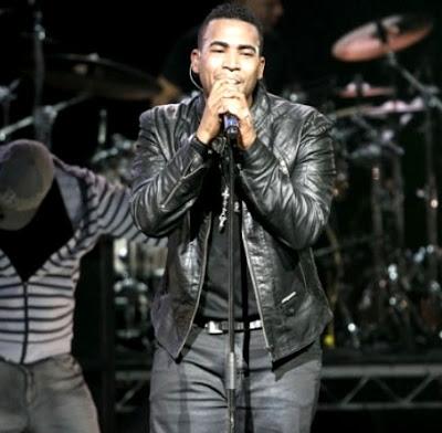 Foto de Don Omar en el escenario
