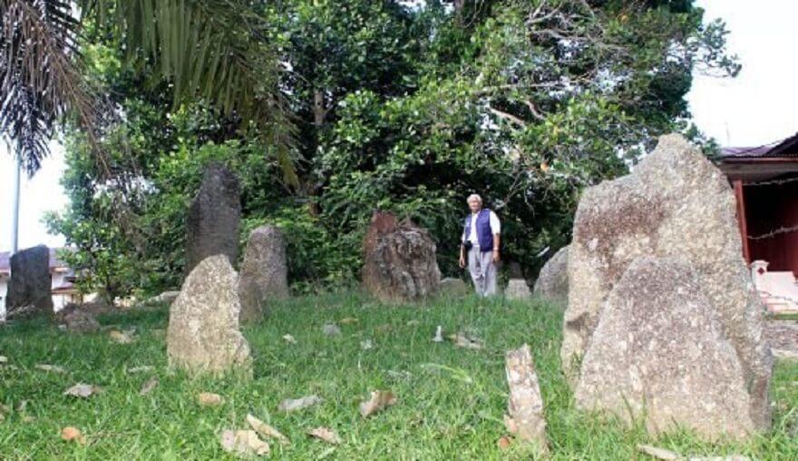 Batu hidup Pulau Sebang