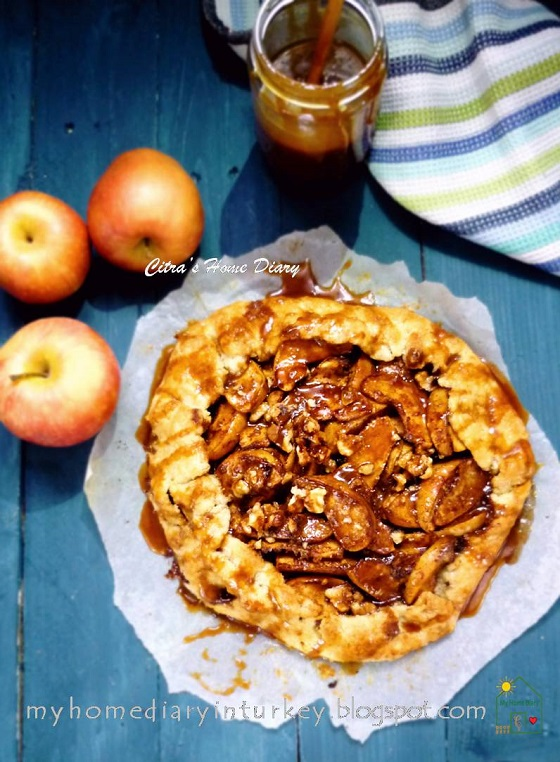 Salted caramel Apple Galette -Çitra's Home Diary.#applepie #galette #fallbaking #apple #dessert #caramelsauce
