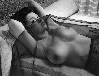 Poppy Coles Vintage Erotik