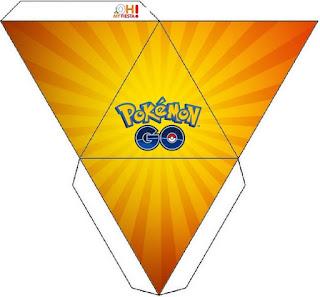 Caja con forma de pirámide de Pokemon Go.