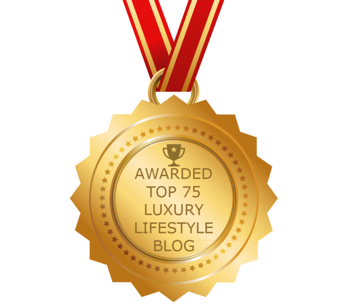 top luxury lifestyle blog award badge