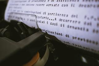 Content Writer Meraup Uang Bermodalkan Tulisan