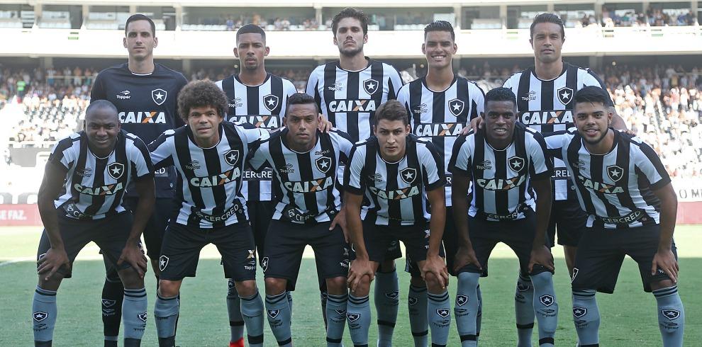 Botafogo deve ter novidades para enfrentar a Portuguesa  veja provável time 2fe0b038be8b5