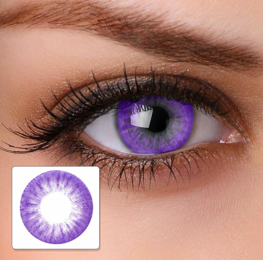 coloured contact lens