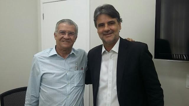 http://www.blogdofelipeandrade.com.br/2016/06/raul-henry-afirma-que-esta-conversando.html