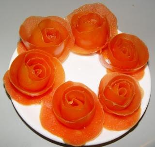 Gharnis Cantik Bentuk Bunga Mawar
