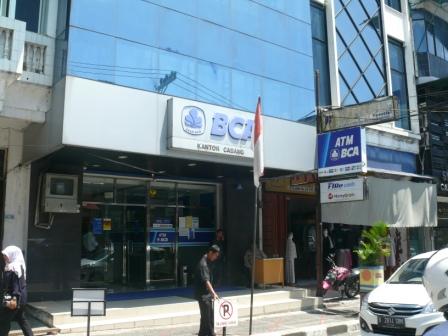 Alamat Bank Bca Kcp Metro Trade Centre 6395 Alamat Kantor Bank