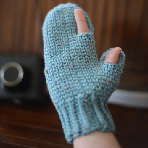 Photography Mitten - Free Pattern