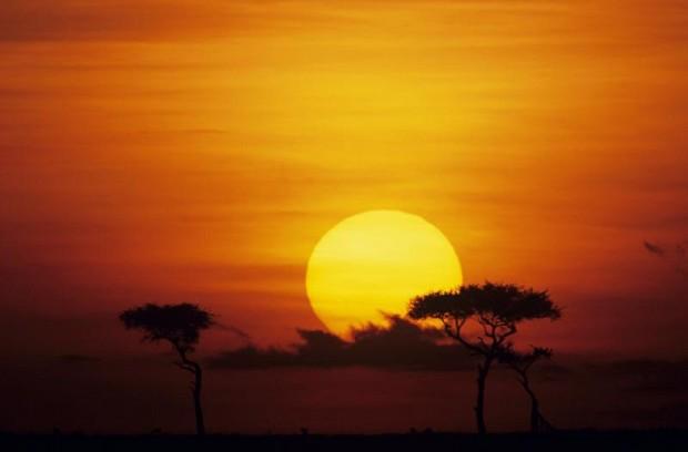 http://3.bp.blogspot.com/-OKpMgxePiPI/UOGF1Pzq4eI/AAAAAAAABj8/avjzIWMCInU/s1600/matahari+indah.jpg