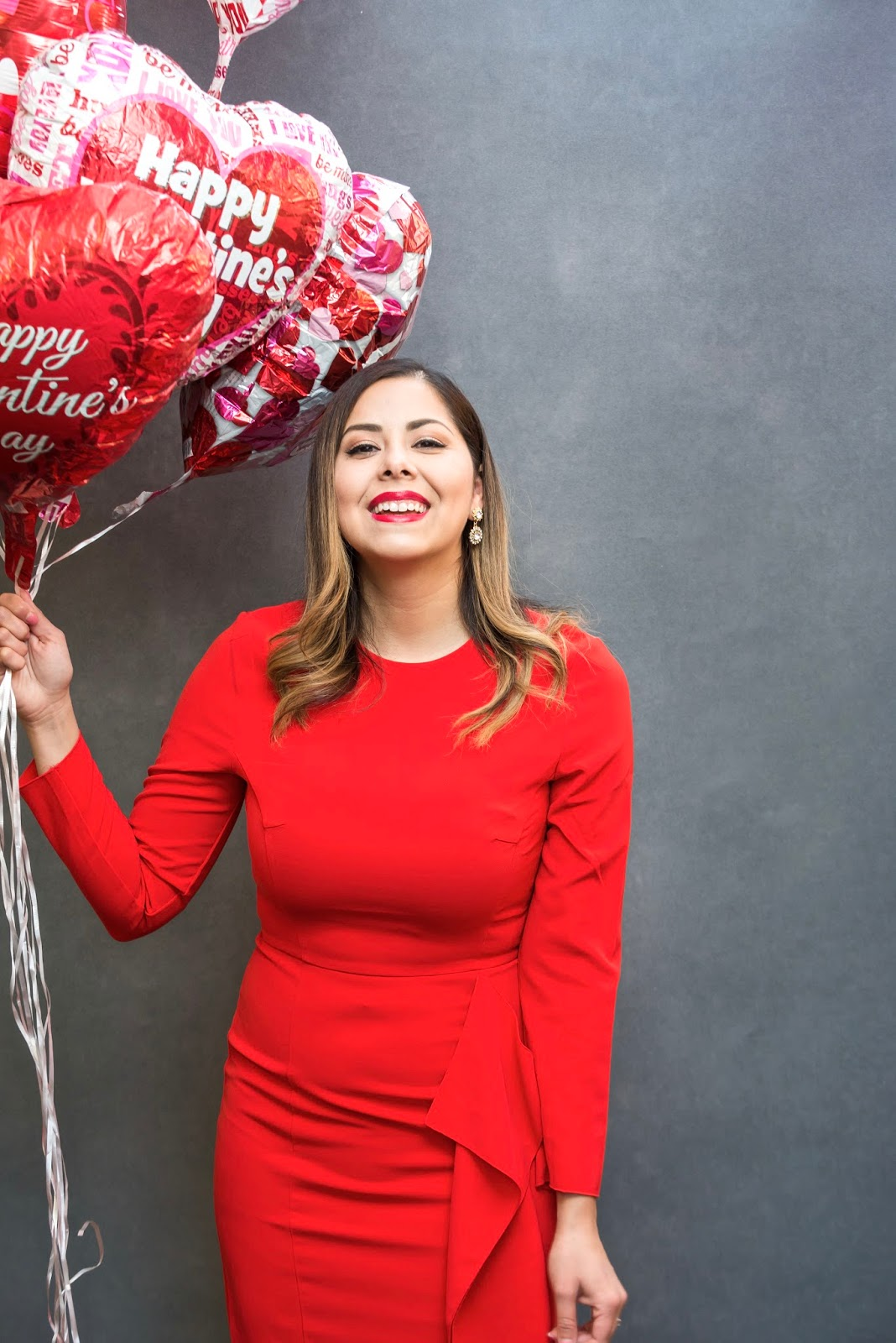 The perfect Valentine's Day outfit, red dress for curvy blogger, liptensity mac mulling spices
