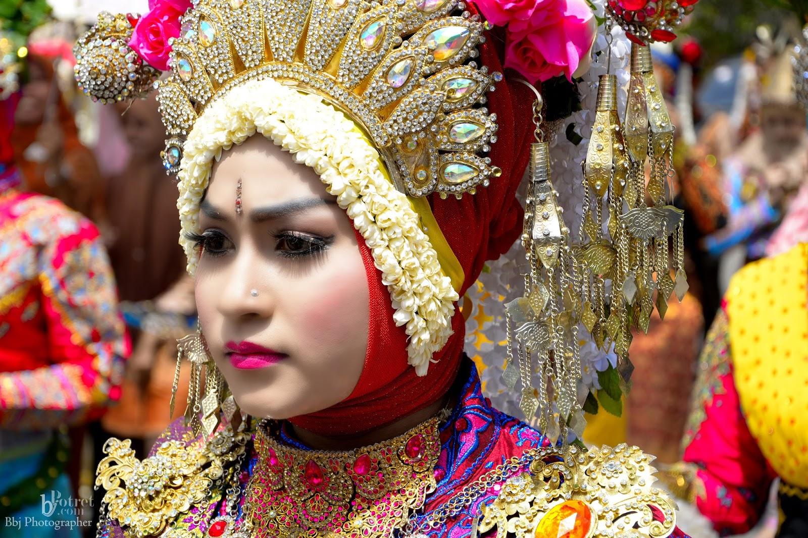 72+ Model Baju Adat Aceh Karnaval Terlihat Keren