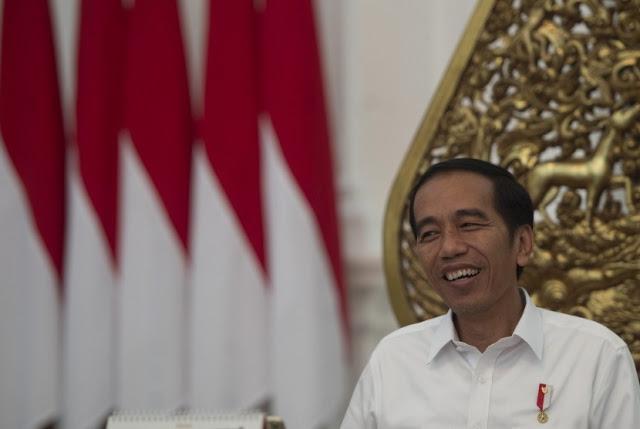 Jokowi: Jadikan Al Quran Pedoman, Netizen: Halah Pak Jokowi Omong Doang.. Sebatas Slogan