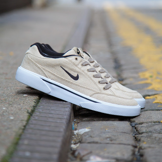 bec8f2ade158 ... with Nike SB s signature Zoom Air heel unit for comfort