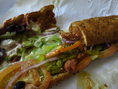 Subway, tandoori chicken