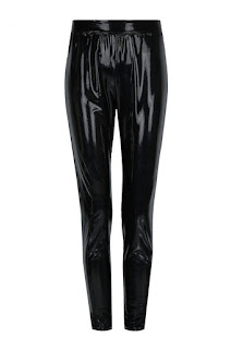 https://www.tally-weijl.com/fr_CH/knit-vinyl-leggings-hh-32-slepemoma-blk001.html