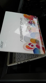 NETBOOK ACER ASPIRE ONE D270 LIMITED EDITION
