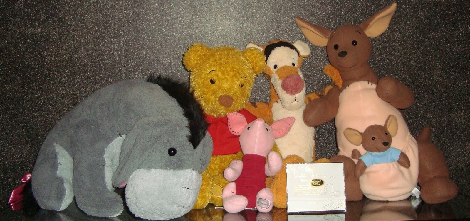076f863c9da6 Disney Pixar Fanatics  Limited Edition Winnie the Pooh Plush Set