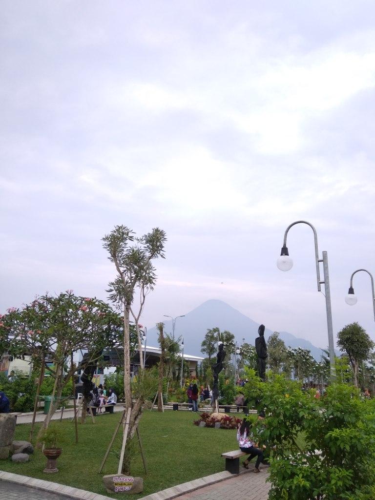 Taman Ganjaran Di Trawas : taman, ganjaran, trawas, Wisata, Ganjaran, Mojokerto, Tempat, Indonesia