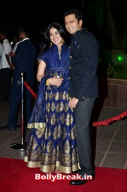 Genelia Photos, Pregnant Actress Genelia Latest Pics in Blue Dress