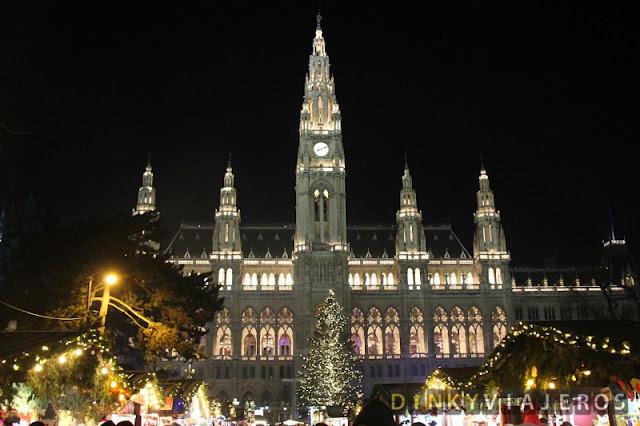 Fin de año en Viena. Rathausplatz