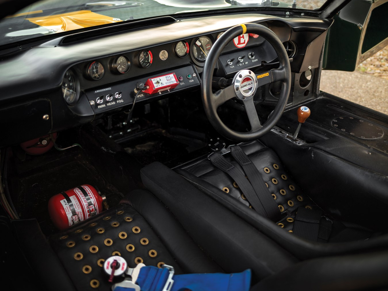 Interieur 63 Amg Rare Road-legal 1966 Ford Gt40 Mk1 May Fetch Over $4