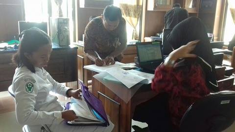 152 Bidan PTT di Luwu Diangkat Jadi PNS, 5 Terganjal Aturan Baru