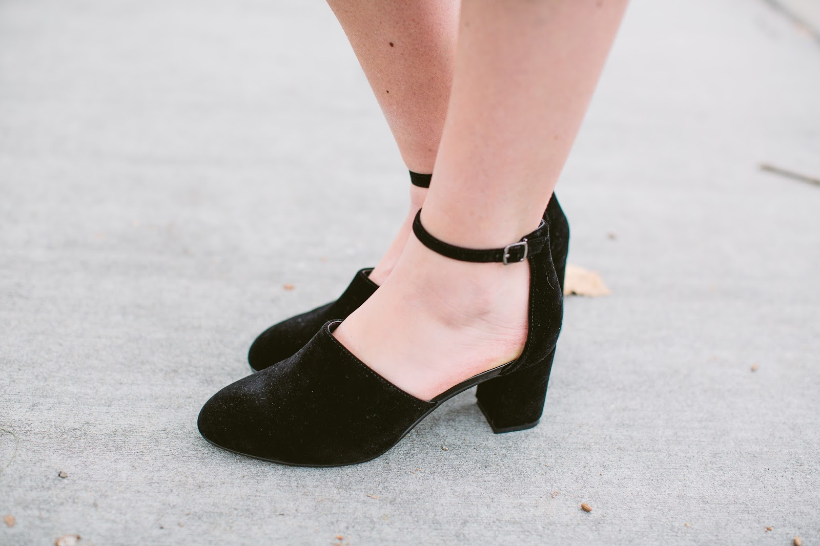 Black Heels, Black Clogs, Tall Girl Heels