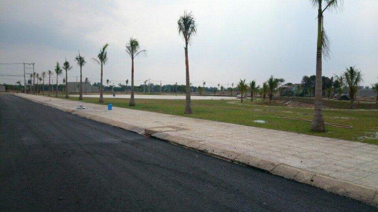 Bán đất mặt tiền giá rẻ, đường 20m tại Củ Chi, thích hợp kinh doanh